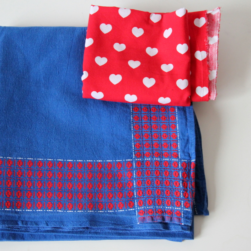 Neuer Kinderrock aus alter Tischdecke - Upcycling old table cloth to ...